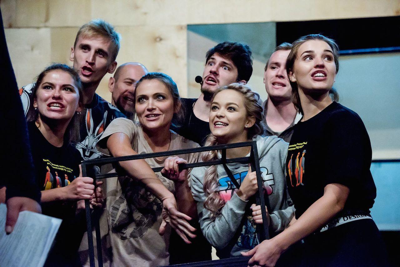 """Челябинцев ждет """"немножко злой, немножко ироничный"""" спектакль"""