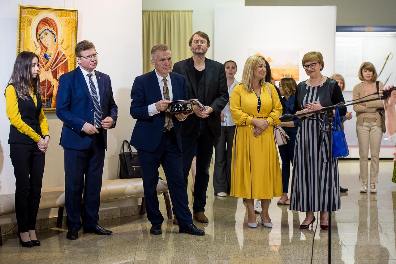 Алексей Бетехтин и Владимир Богдановский с гостями