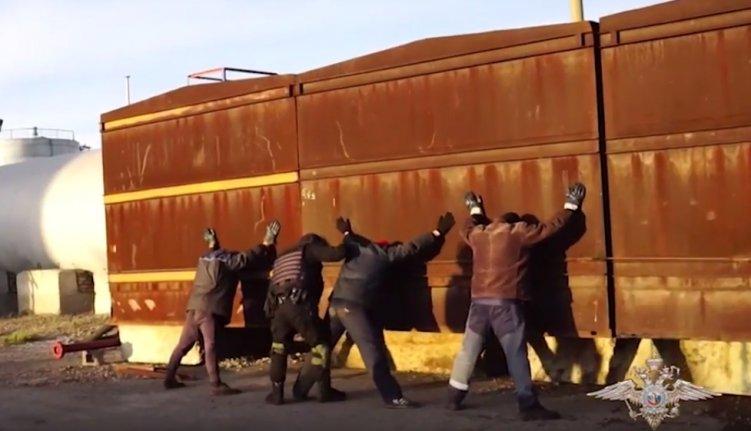 НаЮжном Урале задержали банду, похитившую нефть на60 млн